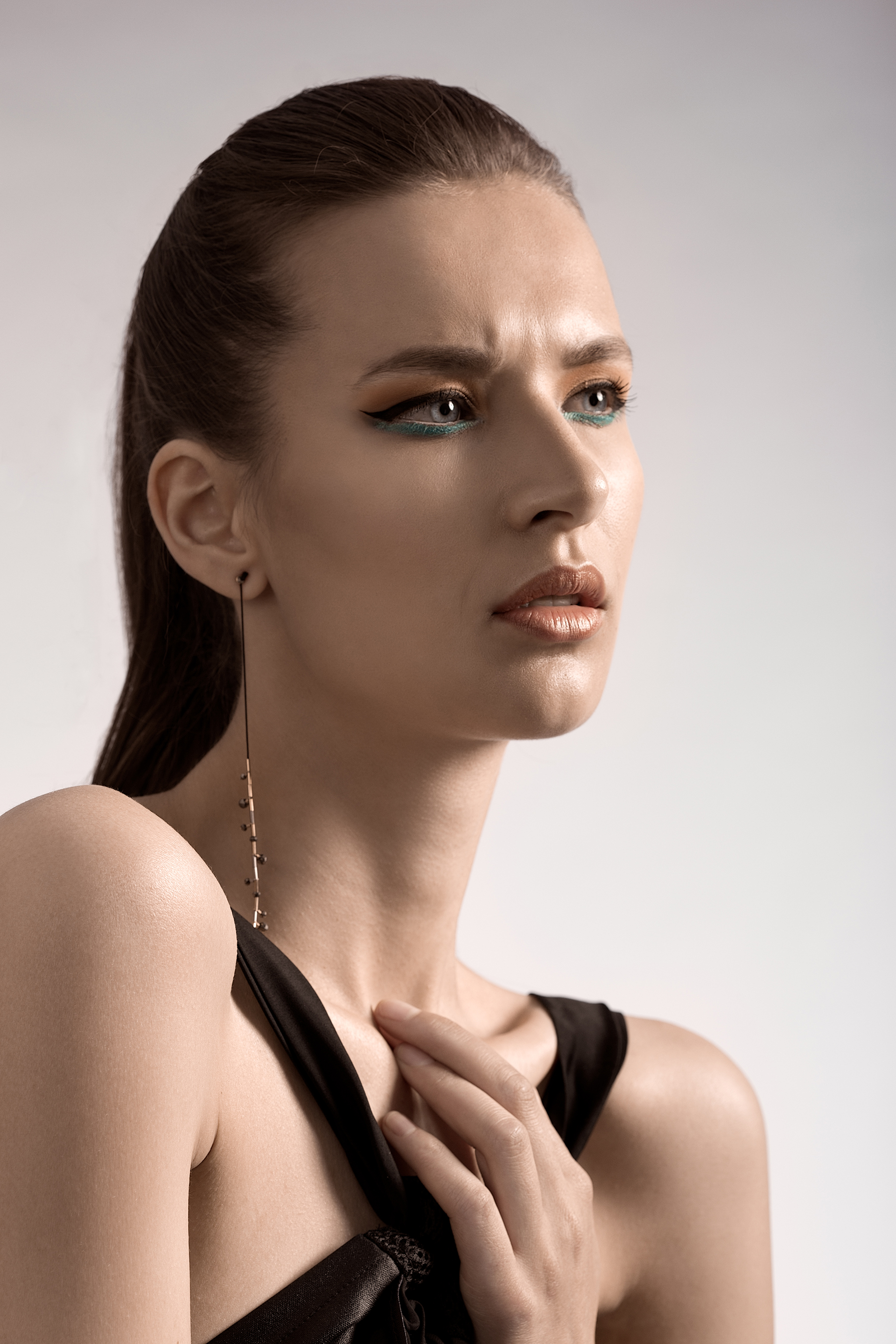 advertorial-work-for-a-fashion-designer-in-bucharest-key-visuals-for-a-marketing-campaign-4